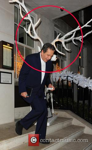 Charles Saatchi - Charles Saatchi leaving 34 Restaurant - London, United Kingdom - Monday 9th December 2013