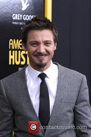 Jeremy Renner - the 'American Hustle' screening at Ziegfeld Theater on December 8, 2013 in New York City. - New...