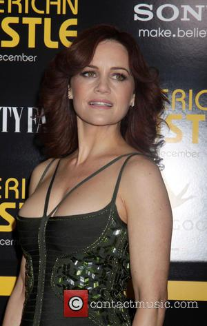 Carla Gugino - The cast of American Hustle battled the first Snow in NYC to walk the black carpet but...