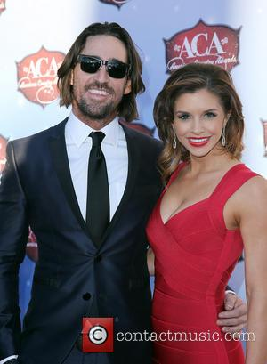 Jake Owen and Lacey Owen - 2013 American Country Awards at Mandalay Bay Resort and Casino - Arrivals - Las...