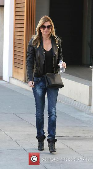 Ellen Pompeo - Ellen Pompeo Shopping In Beverly Hills - Los Angeles, California, United States - Thursday 12th December 2013