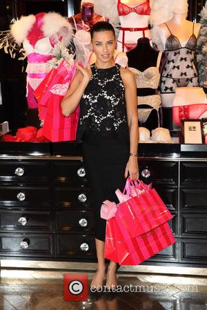 Adriana Lima - Adriana Lima attends a photocall at Victoria's Secret on Bond Street - London, United Kingdom - Thursday...