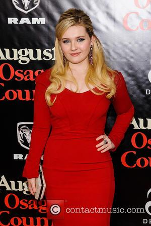 Abigail Breslin - Premiere of 'August: Osage County' held at The Ziegfeld Theater - Arrivals - New York City, New...