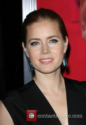 Amy Adams Discusses On Screen Kiss With Co-star Jennifer Lawrence: