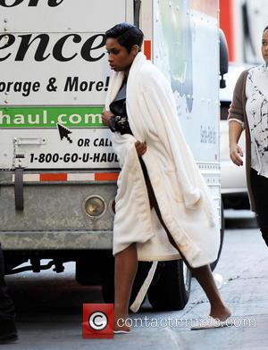 Jennifer Hudson - Jennifer Hudson shows off her toned long legs while heading to the set of her music video...
