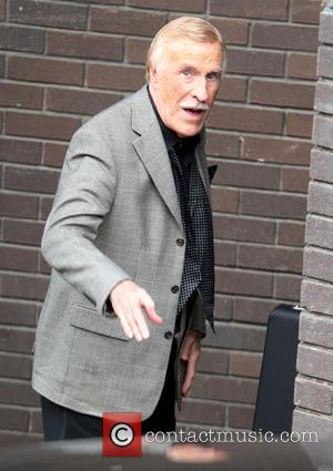 Sir Bruce Forsyth - Sir Bruce Forsyth outside the ITV studios - London, United Kingdom - Wednesday 18th December 2013