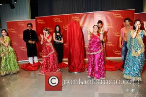 Amitabh Bachchan, Kareena Kapoor, Rang De by Zaraa Vi, Aishwarya Rai and Hrithik Roshan - Unveiling of five wax figures...
