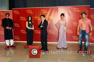 Amitabh Bachchan, Kareena Kapoor, Shah Rukh Khan and Hrithik Roshan - Unveiling of five wax figures of the greatest stars...