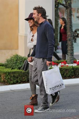 Breckin Meyer - Breckin Meyer shops at TopShop with girlfriend  at The grove in los Angeles , - Los...