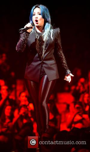 Demi Lovato - Y100''s Jingle Ball 2013