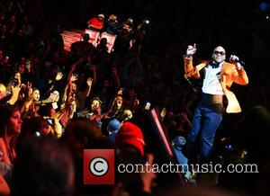 Flo Rida - Y100''s Jingle Ball 2013 presented by Jam Audio Collection at BB&T Center - Performances - Sunrise, Florida,...