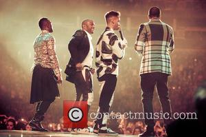JLS Say Goodbye To Fans At Their Final Live Show [Photos]