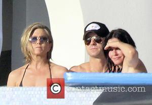 Jennifer Aniston, Justin Theroux and Courtney Cox
