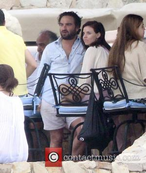 Johnny Galecki and Kelli Garner - TV star Johnny Galecki and girlfriend Kelli Garner having a good time relaxing on...