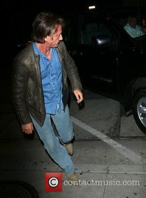 Sean Penn - Sean Penn at Craig's Restaurant - Beverly Hills, California, United States - Monday 6th January 2014