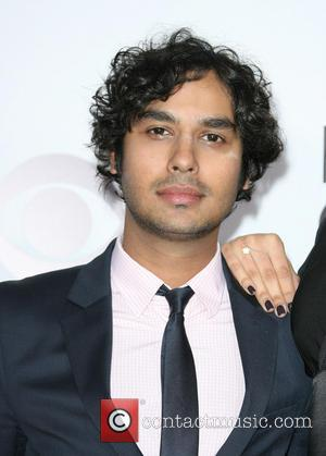 Kunal Nayyar and Neha Kapur - Peoples Choice Awards 2014 Arrivals held at Nokia Theatre L.A. Live, 777 Chick Hearn...