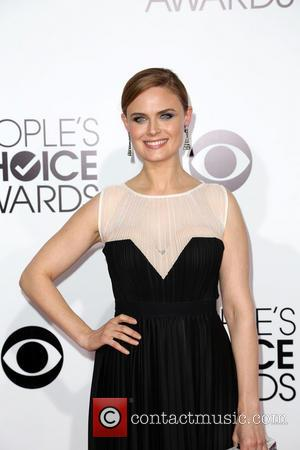 Emily Deschanel - The 40th Annual People's Choice Awards at Nokia Theatre L.A. Live - Arrivals - Los Angeles, California,...