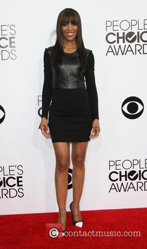 Shaun Robinson - Peoples Choice Awards 2014 Arrivals held at Nokia Theatre L.A. Live, 777 Chick Hearn Ct., Los Angeles,...