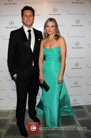 Hayes Macarthur and Ali Larter