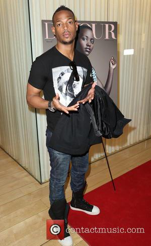 Marlon Wayans - DuJour magazine's Great Performance Issue Pre-Golden Globes Party - Arrivals - Los Angeles, California, United States -...