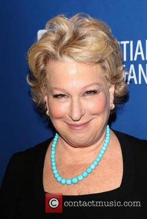 Bette Midler - Sean Penn 3rd Annual Help Haiti Home Gala Benefiting J/P HRO Presented By Giorgio Armani At Montage...