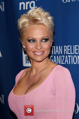 Pamela Anderson Marries Ex-Husband Rick Salomon…Once Again