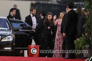 Chris Pine and Drew Barrymore - 71st Annual Golden Globe Awards held at the Beverly Hilton Hotel - Arrivals -...