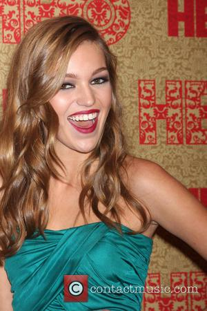 Lili Simmons - HBO Golden Globe Awards 2014 After Party held at Circa 55 - Red Carpet Arrivals - Beverly...