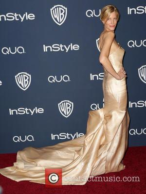 Anna Gunn - 15th Annual Warner Bros and InStyle Golden Globe Awards After Party - Arrivals held at the Oasis...