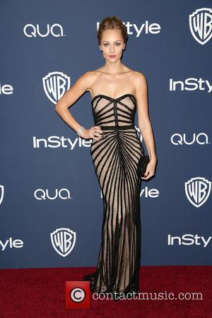 Laura Vandervoort - 15th Annual Warner Bros and InStyle Golden...