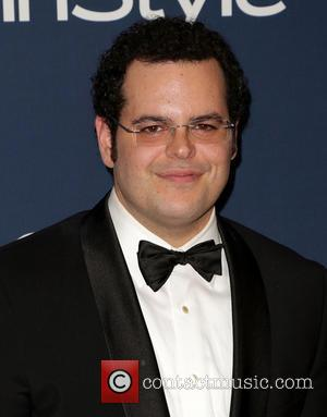 Josh Gad Is A Dad