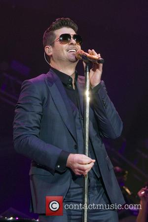 Robin Thicke - Robin Thicke performing live on stage at the Hydro in Glasgow - Glasgow, United Kingdom - Tuesday...