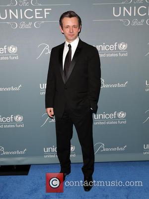 Michael Sheen Dating Sarah Silverman - Report