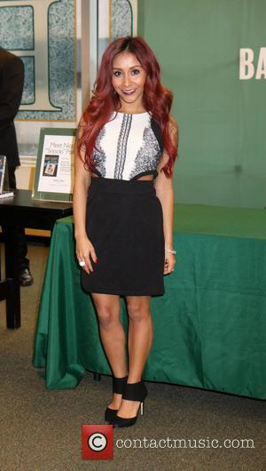 Nicole 'Snooki' Polizzi and Snooki - Nicole 'Snooki' Polizzi promotes her new book 'Baby Bumps' at Barnes and Noble -...