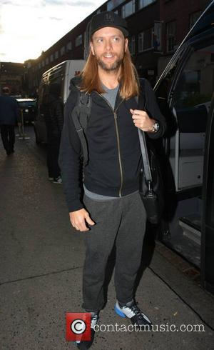 James Valentine and Maroon 5 - Adam Levine and other members of Maroon 5 meet fans outside their hotel on...