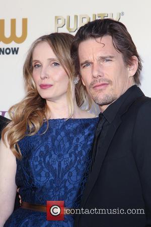 Julie Delpy and Ethan Hawke - The 19th Annual Critics' Choice Awards at The Barker Hangar - Santa Monica, California,...