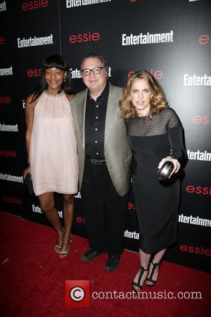 Sufe Bradshaw, Kevin Dunn and Anna Chlumsky