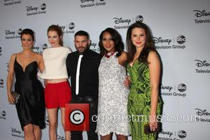 Bellamy Young, Darby Stanfield, Guillermo Diaz, Kerry Washington and Katie Lowes