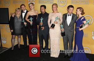 Alessandro Nivola, Amy Adams, Colleen Camp, David O. Russell, Elisabeth Rohm, Jennifer Lawrence, Jeremy Renner and Michael Pena