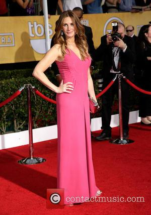 Julia Roberts - The 20th Annual Screen Actors Guild (SAG) Awards held at The Shrine Auditorium - Arrivals - Los...