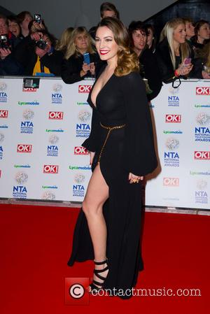 Kelly Brook Leaves Little To The Imagination With Bra-less NTA's Outfit [Photos]