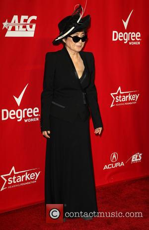Yoko Ono - 2014 MusiCares Person Of The Year honoring Carole King at Los Angeles Convention Center - Arrivals -...
