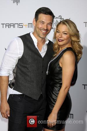 Eddie Cibrian and LeAnn Rimes - Trans4m Benefit Concert hosted by will.i.am - Los Angeles, California, United States - Friday...