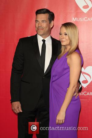 Eddie Cibrian and LeAnn Rimes - 2014 MusiCares Person of the Year IHO Carole King - Los Angeles, California, United...