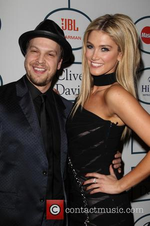 Gavin Degraw and Delta Goodrem