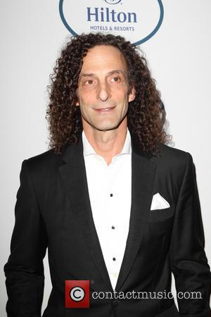 Kenny G Visits Hong Kong Protesters