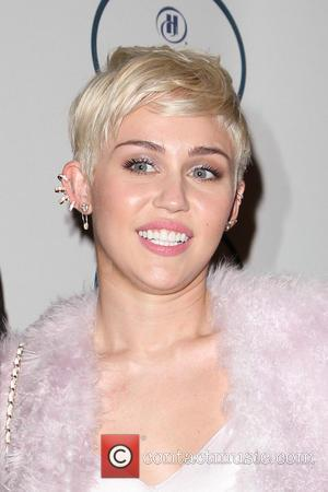Grammy Awards, Miley Cyrus, Beverly Hilton Hotel