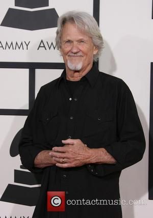 Kris Kristofferson Refusing To Let Memory Loss Get In The Way Of Recording Plans