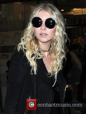 Taylor Momsen - Taylor Momsen leaves BBC Radio 1 - London, United Kingdom - Sunday 26th January 2014
