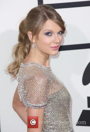 Taylor Swifts Gifts Ed Sheeran With Drake Embroidery Of Friendship